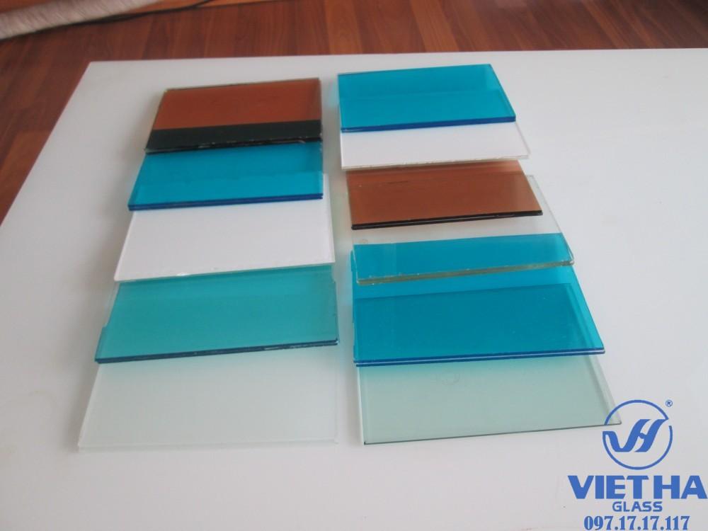 Màu sắc của kính dán an toàn để khách hàng lựa chọn