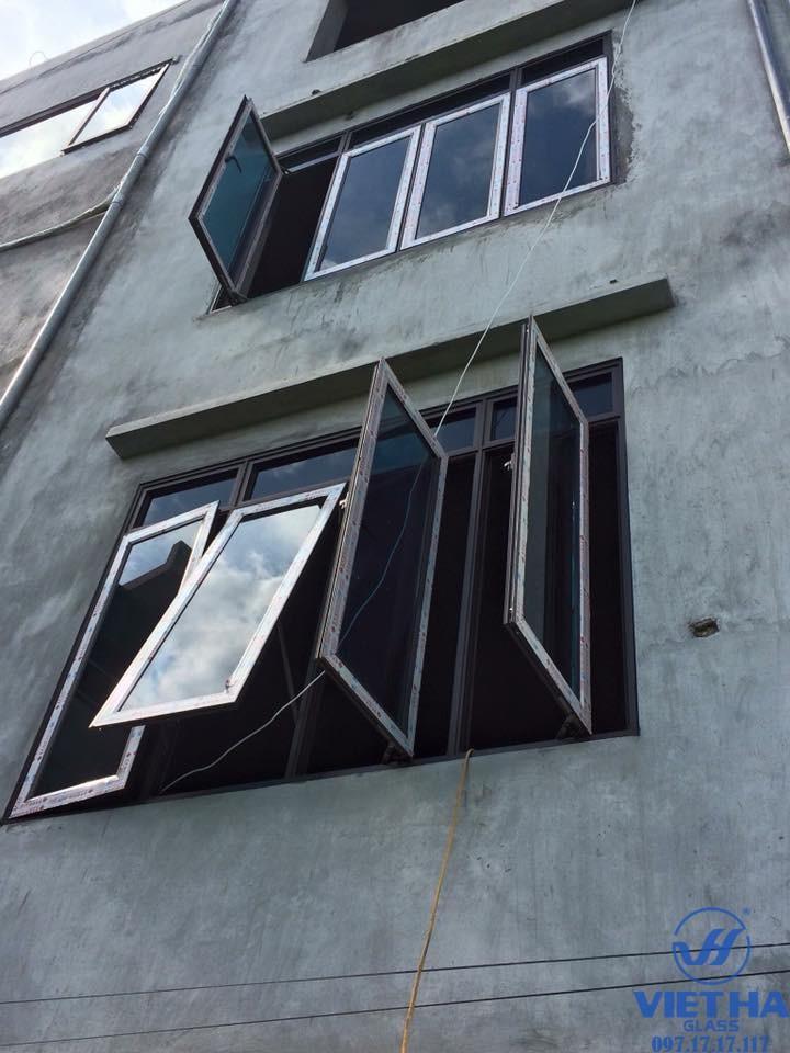 Mẫu cửa nhôm PMA được cung cấp bởi Việt Hà Glass